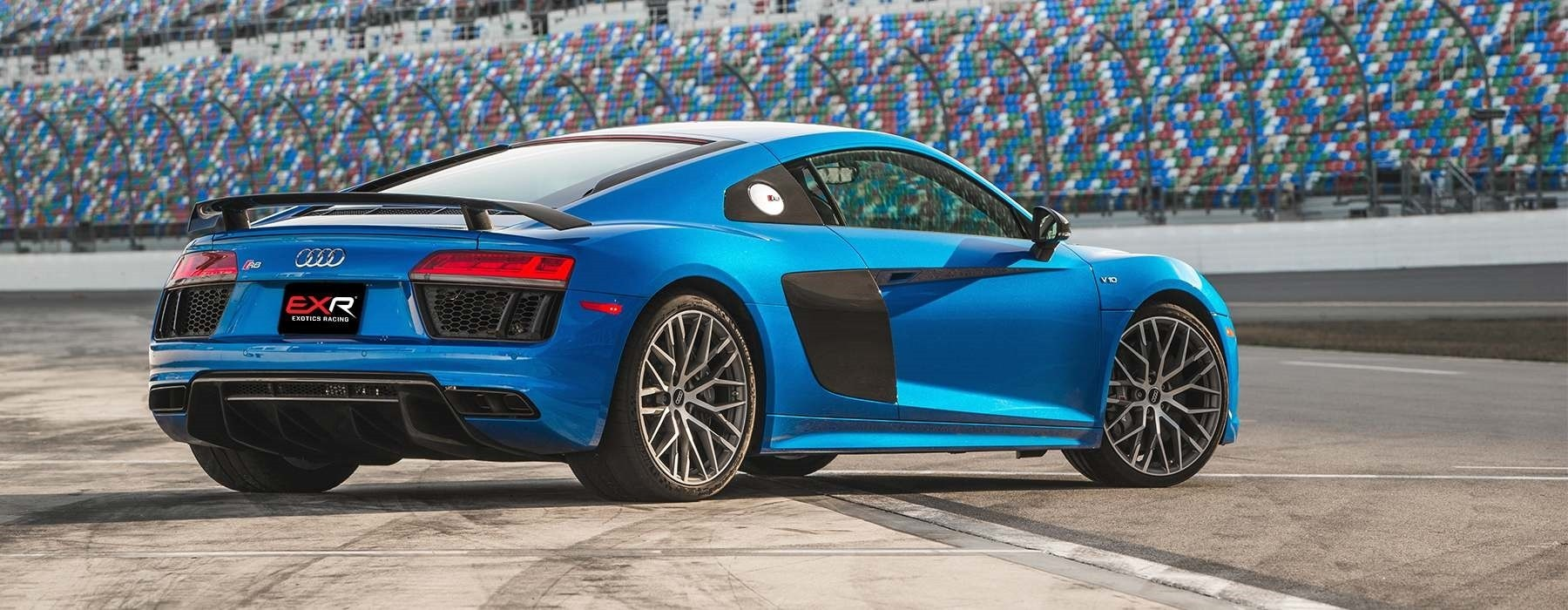 Dream Dealers Racing: Audi R8 V10 - 5 Laps