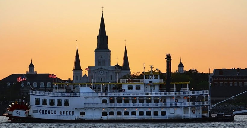 Paddlewheeler Creole Queen Jazz Cruise
