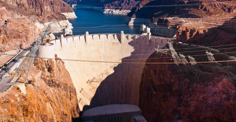 Hoover Dam + Helicopter Ride (10 Minutes)