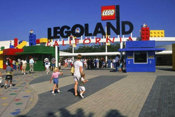 Legoland California Tour + Transportation