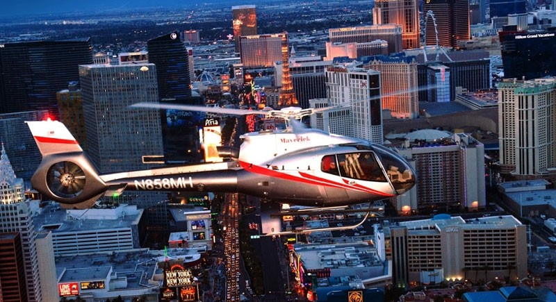 Maverick Airlines: Vegas Nights Helicopter Tour