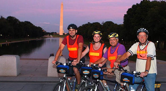 Bike And Roll: Monuments At Night Tour
