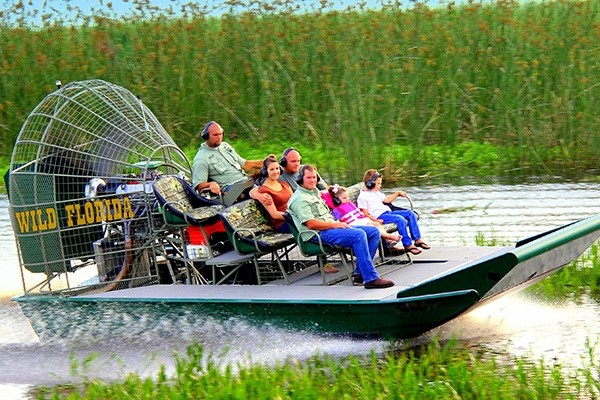 Wild Florida Airboats - 30 minute Airboat Tour & Wildlife Park Admission